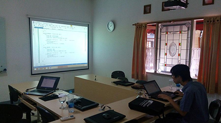 "Training ""AngularJS Web Application Development"""