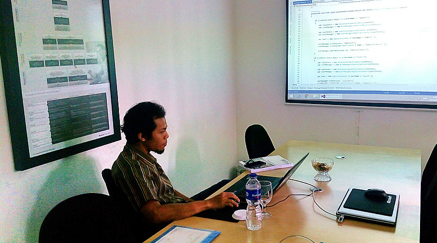 "Training ""Developing Web Application Using ASP.NET MVC 5"" bersama Mandiri Sekuritas"