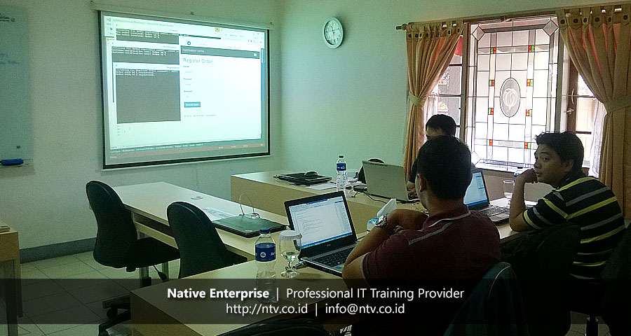 "Training ""Implementing Microservices in Distributed System"" bersama PT Len Industri"