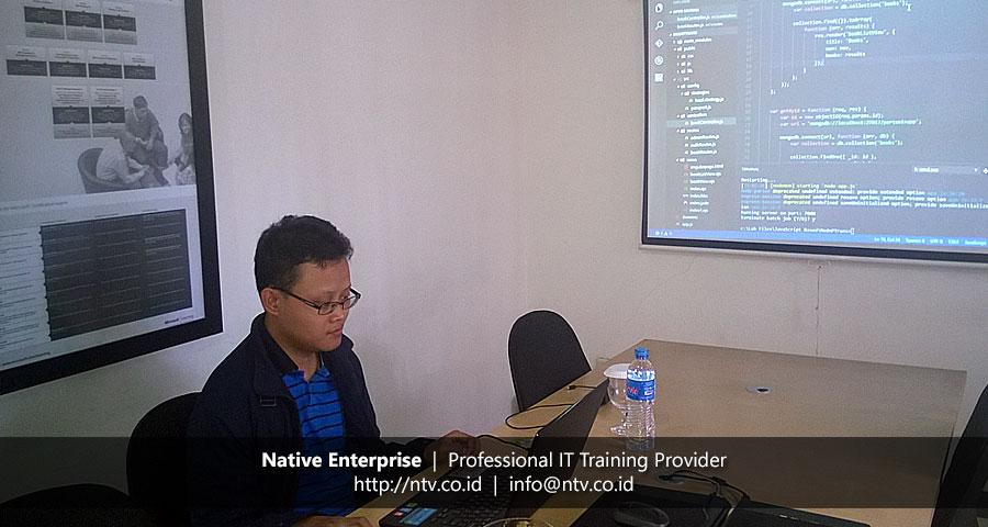 "Training ""Web App Development using Node.js Express"" bersama Pertamina Trans Kontinental"
