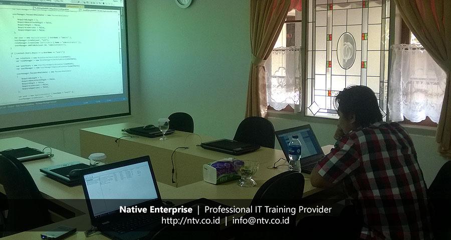 "Training ""ASP.NET MVC"" bersama Berlian Sistem Informasi"