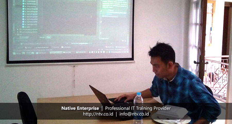 "Training ""Android Mobile App Development"" bersama Pupuk Kujang"