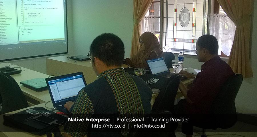 "Training ""SQL Server T-SQL Programming"" bersama DPKD Sijunjung Sumatera Barat"