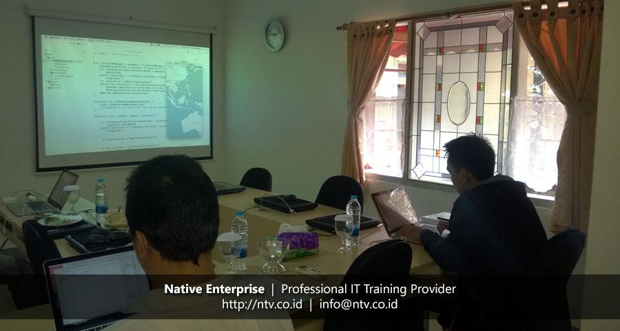 Training iOS Application Development using Swift bersama Xtremax Indonesia