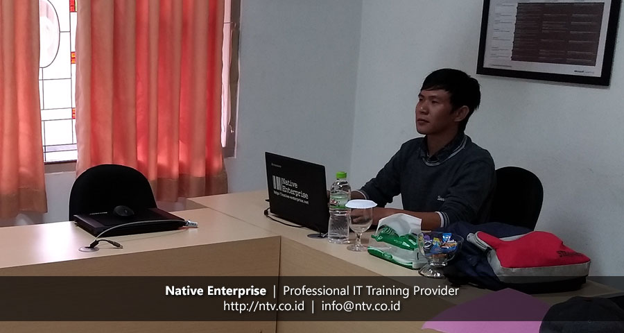 "Weekend Training ""SQL Server Introduction to SQL Server Database"" bersama RSUD Panglima Sebaya"
