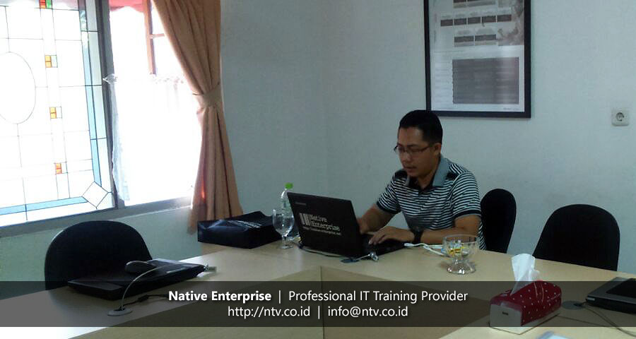 "Training ""Android Mobile App Development"" bersama Pupuk Kaltim"