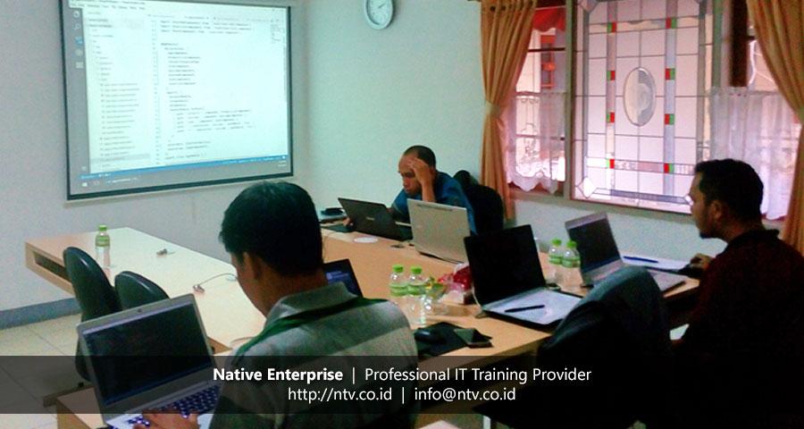 "Training ""Angular 2 Web Application Development"" bersama Universitas Andalas"