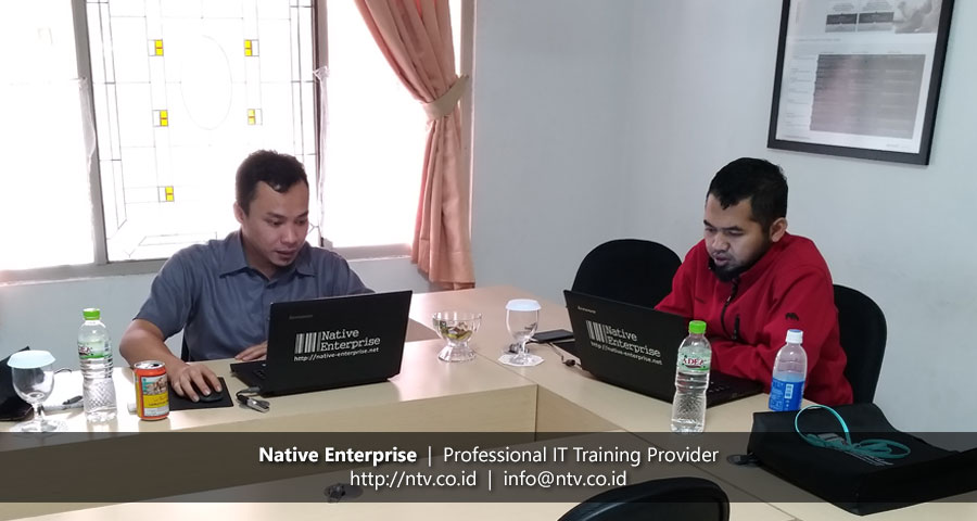 "Training ""Oracle Introduction to PL/SQL"" bersama Krakatau Steel"