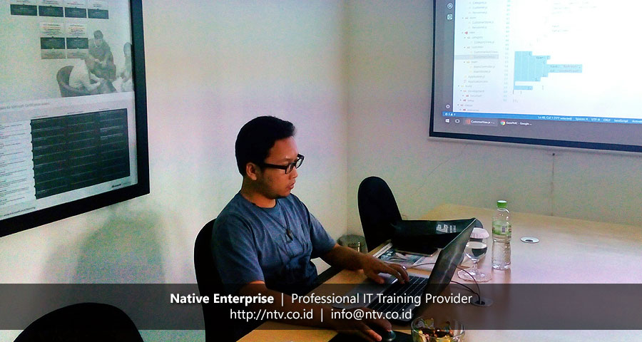 "Training ""Ext JS Web Application Development"" bersama Rumah Sakit FMC"