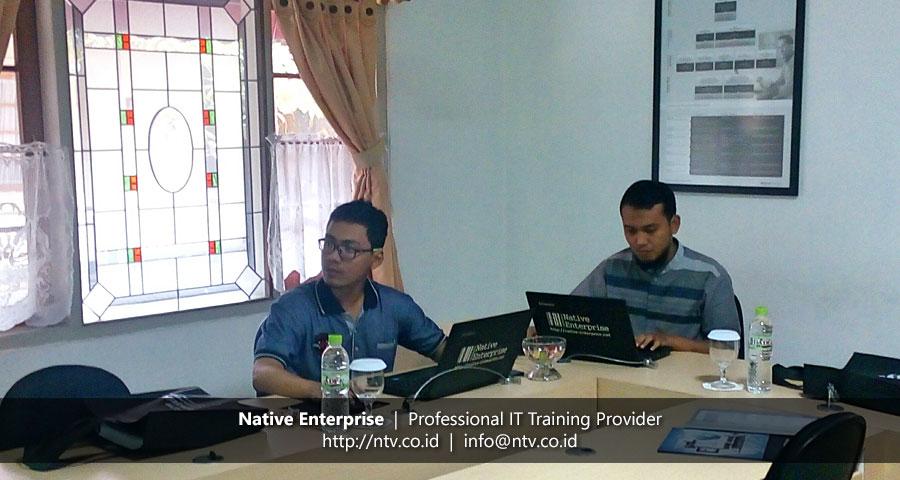 "Training ""Oracle Database Administrator I"" bersama Krakatau Steel"