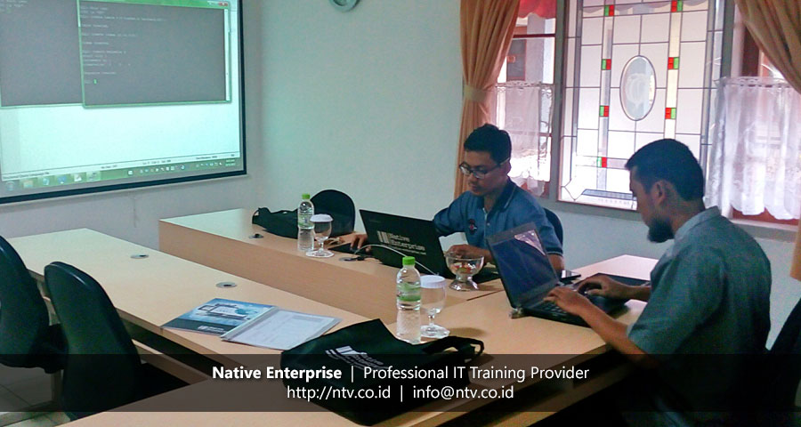 "Training ""Oracle Database Administrator I"" bersama Krakatau Steel"