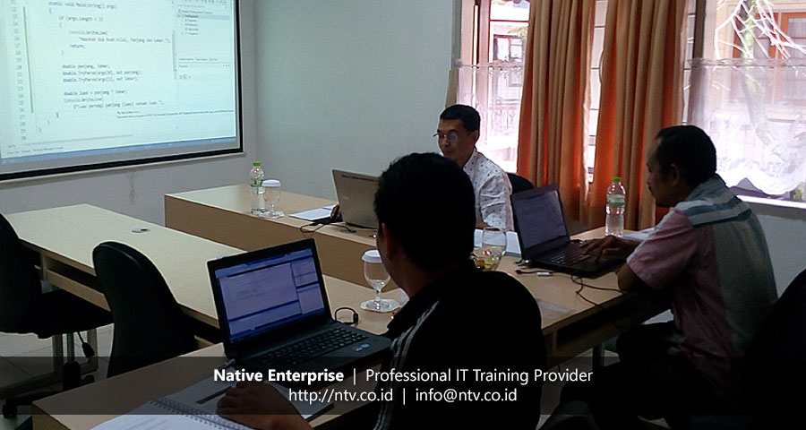 "Training ""Visual C# Programming Fundamental"" bersama Krakatau Steel dan EPCOS Indonesia"