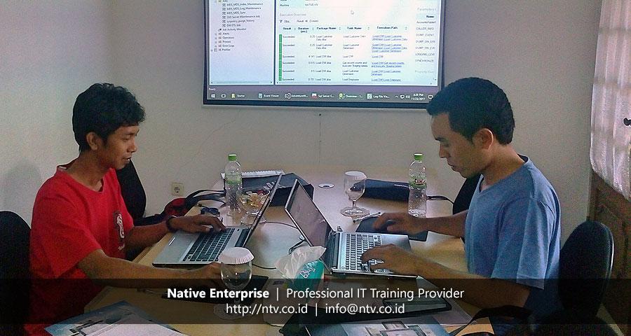"Training ""Implementing SQL Server Data Warehouse and Enterprise BI Solution"" bersama Bank Mizuho"