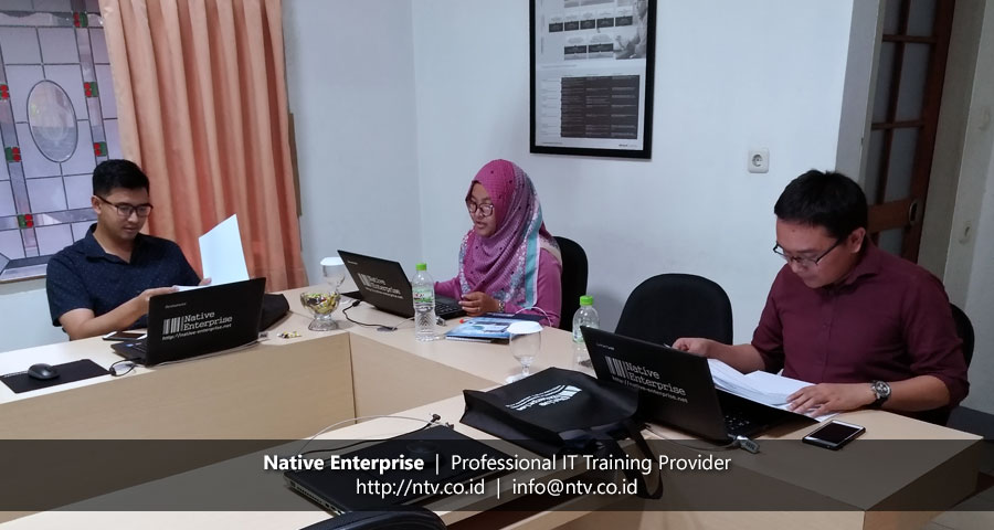 "Training ""Managing Projects using Microsoft Project Desktop"" bersama Pelindo II"