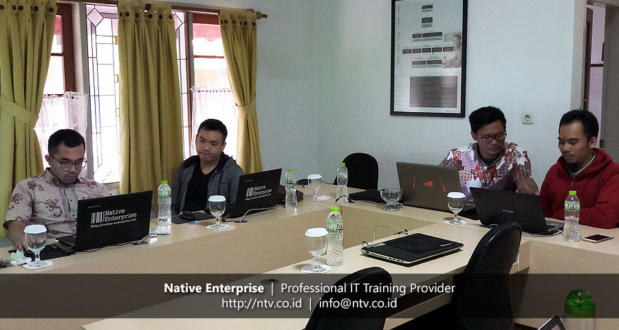 "Training ""Android App Development using Xamarin"" bersama Bank Mizuho dan Pupuk Kaltim"