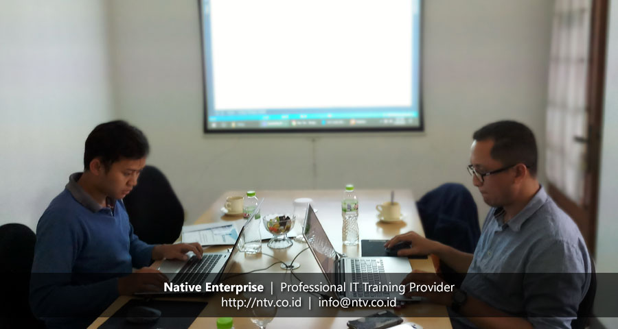 """Training """"Implementing Microservices in Distributed System"""" bersama PT Len Industri"""