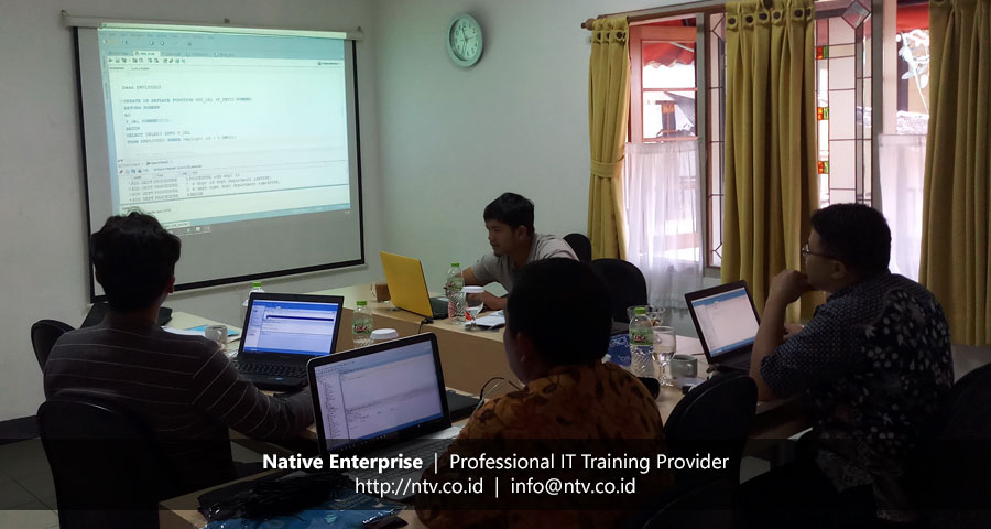 "Training ""Oracle Introduction to PL/SQL"" bersama Disdukcapil Kota Tangerang"