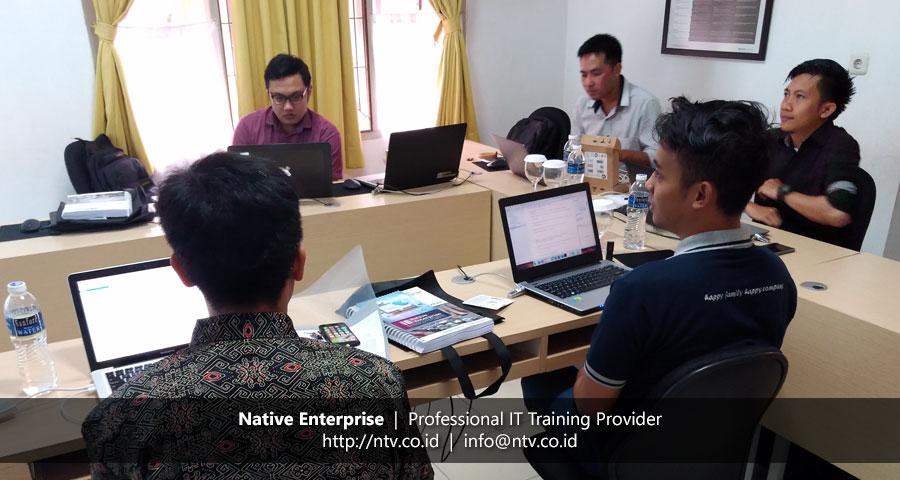"Training ""iOS App Development using Swift"" bersama PT Pamapersada Nusantara"