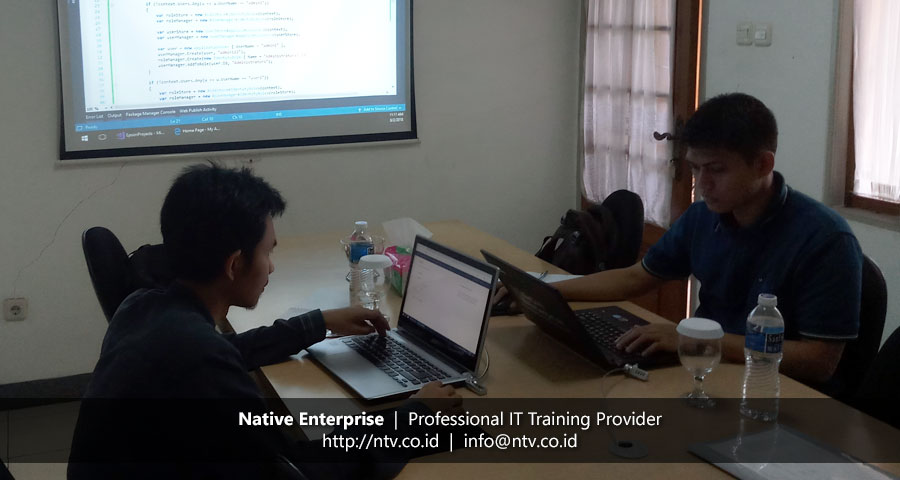 "Training ""Developing Web App using ASP.NET MVC"" bersama Epson Batam"