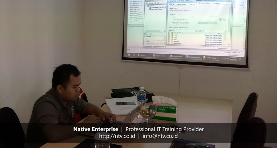 "Training ""SQL Server for Database Administrator"" bersama Rekabio"