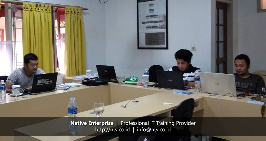"Training ""Building PHP Web Application using Laravel"" bersama Disdukcapil Kota Tangerang"
