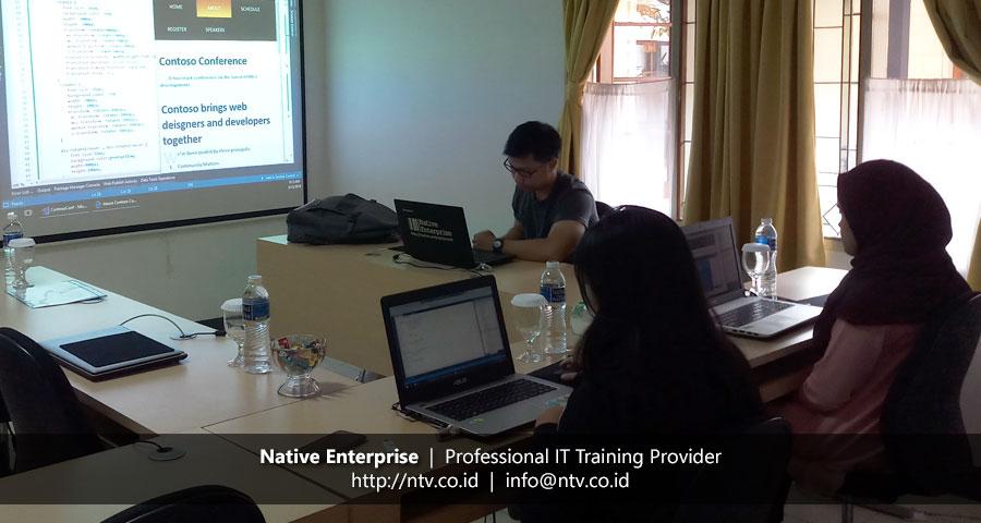 "Training ""Web Development using HTML5, CSS3, and JavaScript"" bersama Bio Farma dan UDrive"