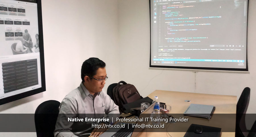 "Training ""Full Stack Angular and RESTful ASP.NET Web API"" bersama Pupuk Kaltim"