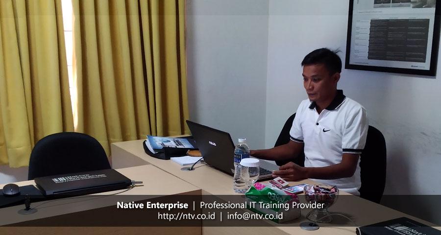 "Training ""Virtualization Essentials"" bersama DPKD Sijunjung Sumatera Barat"