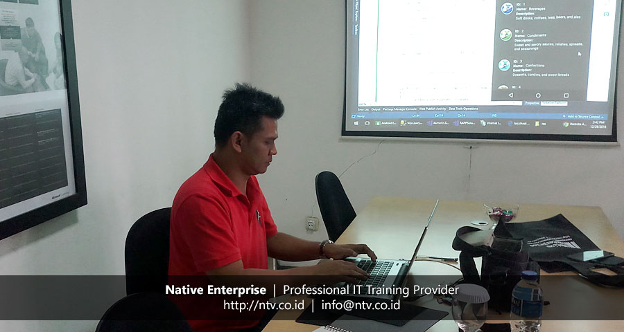 "Training ""Android App Development using Xamarin"" bersama PT SMART Tbk"