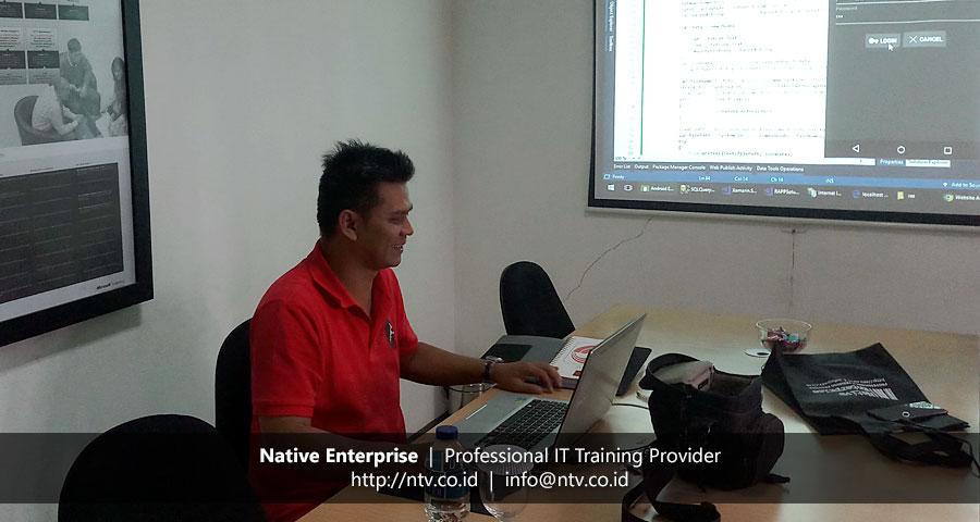 "Training ""Android App Development using Xamarin"" bersama PT SMART Tbk"