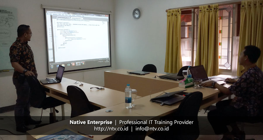 "Training ""Building PHP Web Application using Laravel"" bersama Disdukcapil Kota Tangerang Selatan"