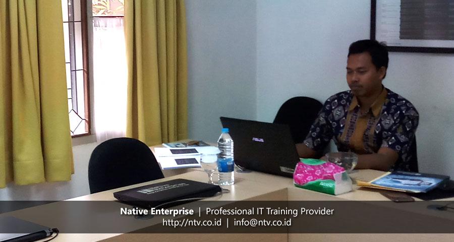 "Training ""Building PHP Web Application using Laravel"" bersama Disdukcapil Kota Tangerang Selatan"