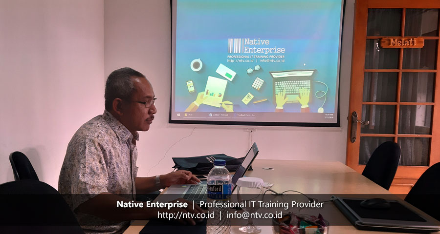 "Training ""Excel Dashboards and Reports"" bersama Kaltim Prima Coal"