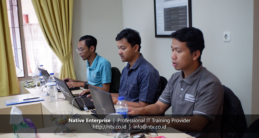 "Training ""Angular Web Application Development"" bersama Telkom University"