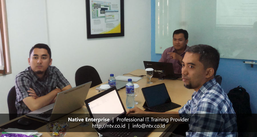 """Training """"Oracle Introduction to PL/SQL"""" bersama DP3AKKB Provinsi Banten"""