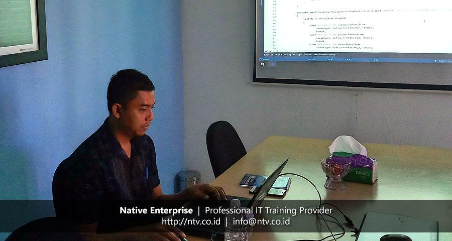 """Training """"Android App Development using Xamarin"""" bersama Mitsui Kinzoku ACT Indonesia"""