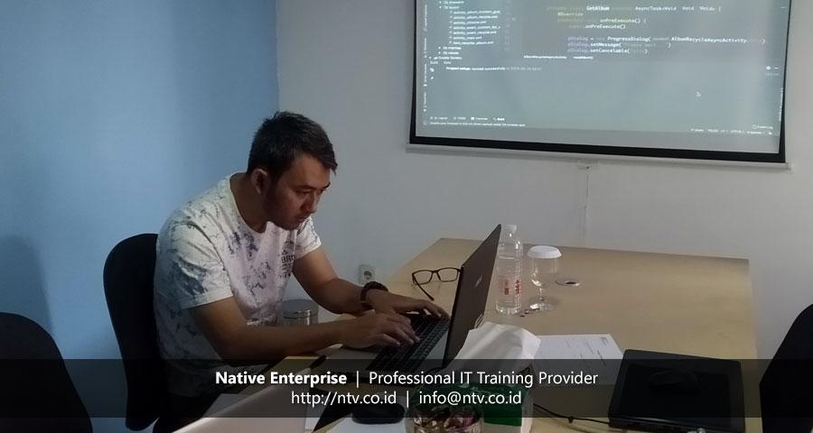 """Training """"Android Mobile App Development"""" bersama Bank Syariah Mandiri"""