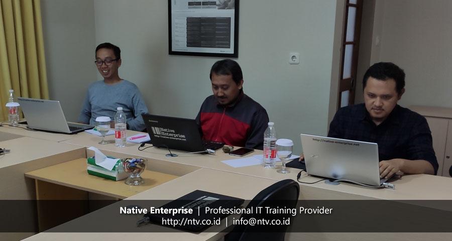 """Training """"Microsoft Azure Administrator"""" bersama Vox Teneo Asia"""