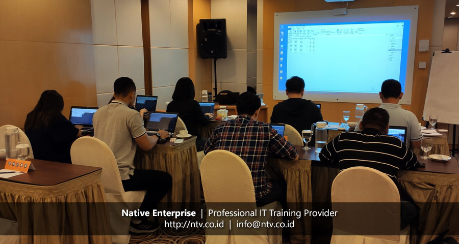 "Off-Site Training ""Power BI for Business Users"" bersama Toyota Astra Motor (Batch 4)"
