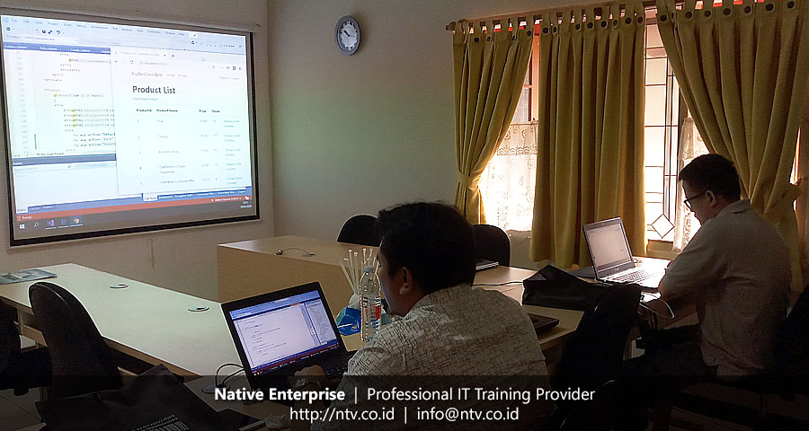 "Training ""Full Stack ASP.NET Core and RESTful API ASP.NET Core"" bersama Meratus Line"