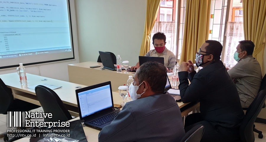 "Training ""Oracle Introduction to SQL"" bersama Disdukcapil Kabupaten Tangerang"